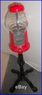0104 Vintage Carousel Gumball Machine 1985 With Glass Globe