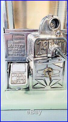 1923 Vintage Antique Green & Tan Penny Master Gumball Peanut Vending Machine
