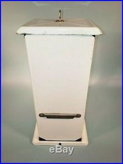1923 Vintage Antique White Penny Master Gumball Peanut Vending Machine