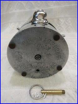 1930's VINTAGE 1 CENT PENNY KING GUMBALL VENDING MACHINE COIN OP GUM DISPENSER