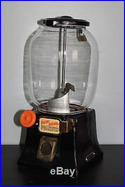 1931 Vintage NORTHWESTERN Model #31 Penny 1 Cent Peanut Gumball Vending Machine