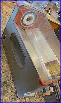 1940s Vintage Buffalo Hunter Shooting Penny Gumball Vending Machine
