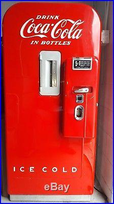 1954 Coca Cola Nickel (5 Cent) Vendo 39 Vintage Vending Machine Restored