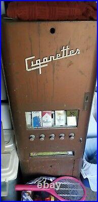 5 column dugrenier vintage cigarette machine