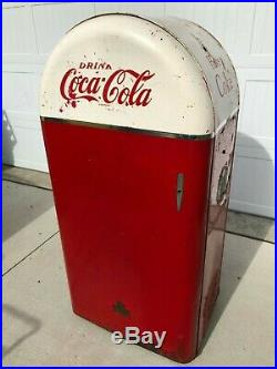 ANTIQUE VTG COKE COCA COLA VENDING MACHINE FROM 1940s MODEL JSC-26