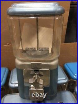 Antique Vintage Oak Acorn 6lb Glass Globe Gumball Candy Nut vending machine