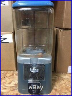 Antique Vintage Oak Acorn 8lb Glass Globe Gumball Candy Nut vending machine