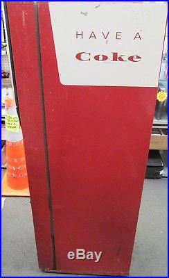 Antique/vintage CAVALIER C-55 Coke machine (1955) 10cents MOTOR RUNS