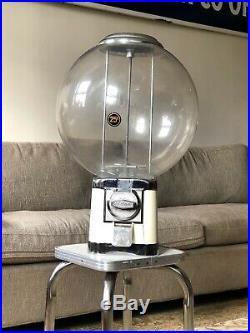 Beaver 25 Cent Chewing Gum Gumball Globe Vending Machine Vintage Candy Dispenser