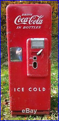 Cavalier Vintage Coca-Cola Coke Machine Ice Cold Freight Included