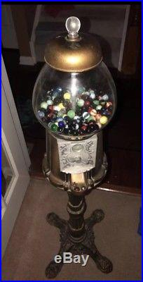 Coin Operated Glass Gumball Machine WITH STAND Vintage Taiwan heavy duty! Brass