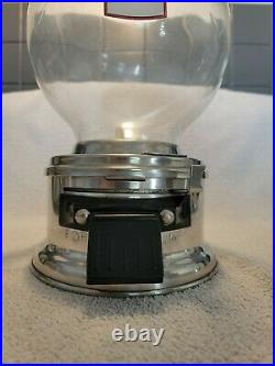 Ford Gumball Machine 10 Cent Vintage Glass Globe