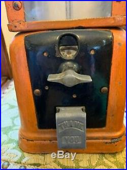 Great Vintage Victor V Orange Metal Working Gum Ball Machine With Free Shipping