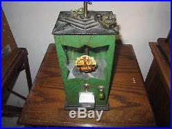 Gumball Machine Vintage Neko With Pull Chain