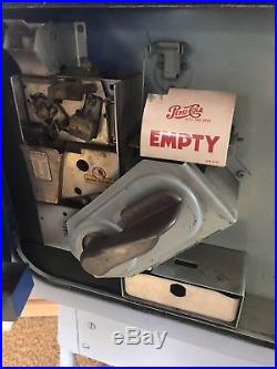 Incredible Vintage Pepsi Machine VMC 27 Soda Vending