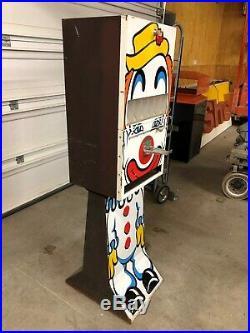 LQQK! Vintage Cool CLOWN Vending Machine COMET Candy COIN OP 6 Slot Antique OLD