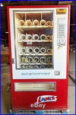 Lance Vintage Vending Snack Machine Push Button 25 Select Model 2038