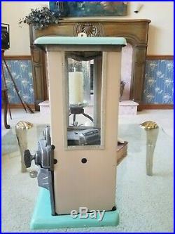 Master vintage peanut/ candy/gumball Machine 1923