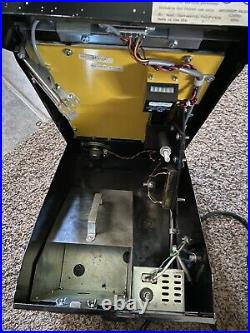 Mr. Vend Vintage Coin Operated Grip Test Machine, 1994 Rare