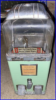 Northernwestern Art Deco Vintage Short Globe Deluxe Machine Works 1&5 Cent WithKey