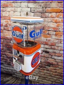Novelty vintage Acorn glass globe gumball machine Gulf gas game room bar coin op