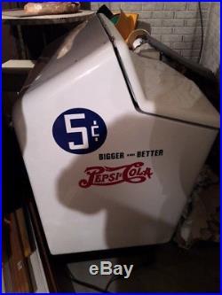 ONE Rare Vintage 1940's PepsiCola Heintz Gullwing Pop Refrigerated Cooler