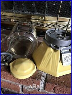 Original Vintage 1933 Northwestern 33 Gumball/peanut Vending Machine Rare Yellow
