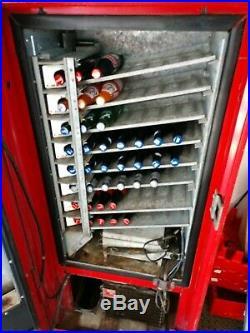 Original Vintage Cavalier CSS-64FS Coca-Cola Machine. Coke