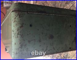 Original Vintage Superior Mfg. Co. 5 Cent Vending Gum Machine Model 720