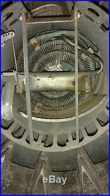 Pepsi PC27B 10 Cent Soda Machine Vintage 1950's