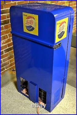 Professionally Painted CLEAN Vintage 10-Cent Pepsi Soda Vending Machine Ships 48