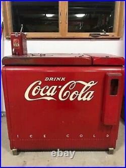Rare Vintage1936-1940 Era Coca-Cola Machine