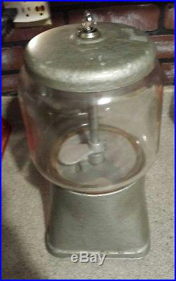 Rare Vintage 25 Cent Peanut Vending Machine. Good Glass. Nice Shape