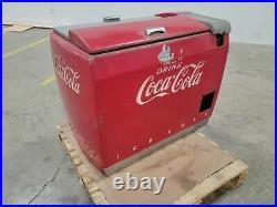 Running Vintage, DRINK COCA COLA Chest Cooler Machine. Clean. Rare. Works