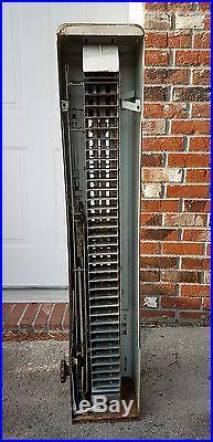 U Select It Cigarette Vending Coin Operated Vintage Vendors Coan Op machine