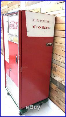 VENDO COCA COLA MACHINE Vintage working 1960's H63A