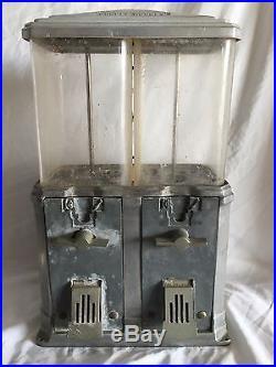 VINTAGE 1930's 40's NATIONAL DOUBLE NUGGET NUT VENDING MACHINE
