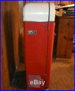 VINTAGE 1950S 10¢ Vendo H81-B Coca-Cola Vending Machine UNRESTORED 33F inside