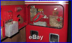VINTAGE 1950s VMC 72 Double Chute Coca Cola Machine All Orig cools+ & Works+