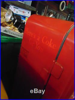 VINTAGE 1950s VMC 72 Double Chute Coca Cola Machine Almost Original