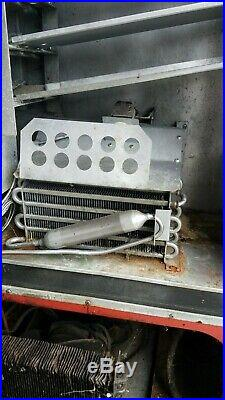 VINTAGE 1960-70's VENDO HA56E COCA COLA MACHINE with keys RARE and WORKS