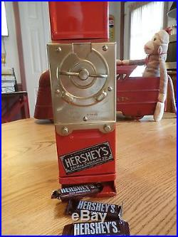 VINTAGE 25 cents HERSHEY'S CHOCOLATE CANDY VENDING MACHINE