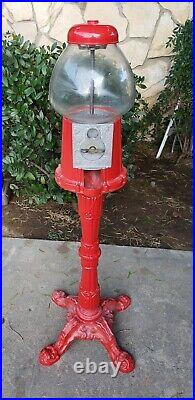 VINTAGE 60s 70s Red PEDESTAL GUMBALL / CANDY Vending MACHINE Glass Made In USA