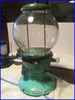 VINTAGE Antique Columbus Star Cast Iron Gumball Machine