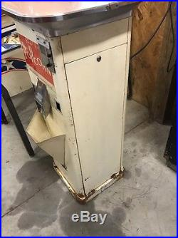 Vintage Coin Operated Gold Medal Popcorn Vending Machine Man Cave Coin Op