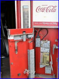 VINTAGE Coke Coca-Cola COIN OPER VENDING MACHINE Man Cave Bar