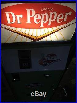 VINTAGE, DRPERRER COKE, vendo, cavalier 70s VENDING. MACHINE, RESTORED Soda