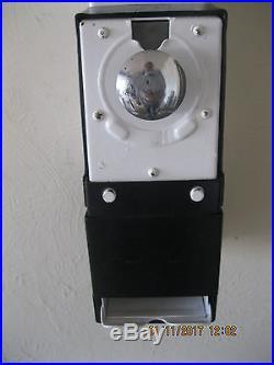 VINTAGE HARMON CONDOM VENDING MACHINE WITH KEYS MID 1960'S bm