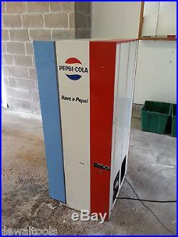 Vintage Pepsi Soda Vending Machine