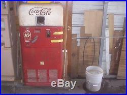 Vintage VMC Coke Machine